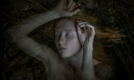 """""""She is landscape"""" di Marco Barsanti, quando la Donna è nuda"""